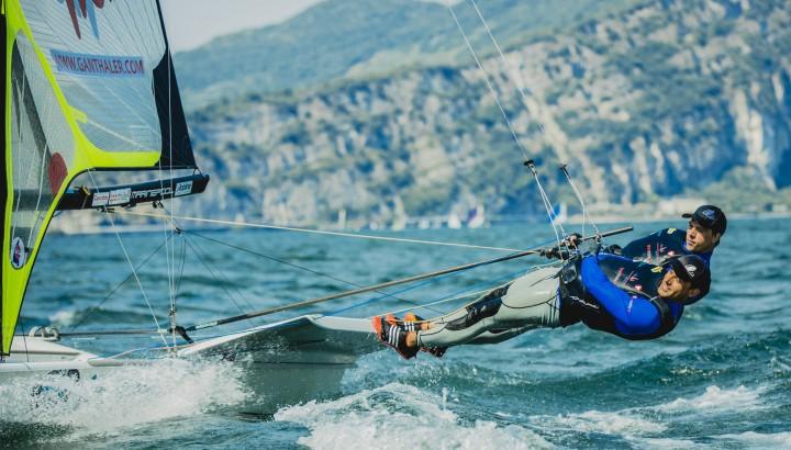 49er mit perfekten Bedingungen am Gardasee 01