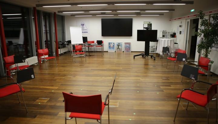 Sportanlagen & Seminarräume 02